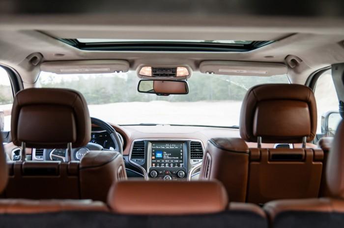 Tom O Brien Jeep U003eu003e Compare 2015 Jeep Grand Cherokee Overland Vs Summit |  Autos