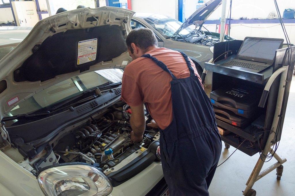 Kupovina polovnjaka - obavite pregled vozila pred kupovinu Stojanov 1